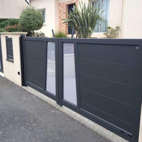 portail personnalisable aluminium portail t le perfor e. Black Bedroom Furniture Sets. Home Design Ideas