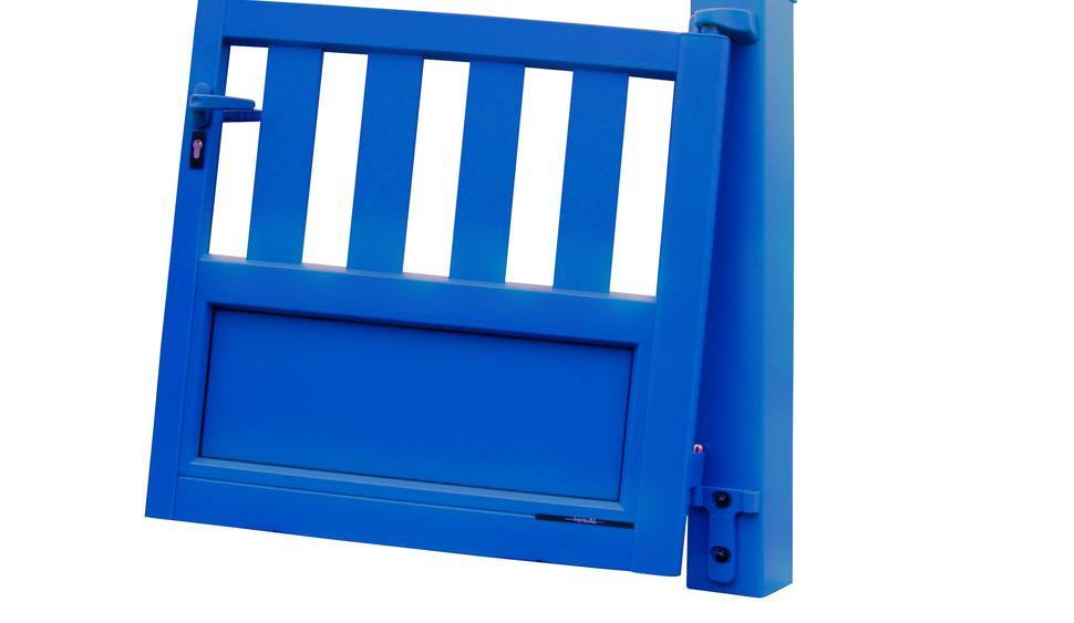 portail battant aluminium horizal marque r f rence depuis. Black Bedroom Furniture Sets. Home Design Ideas