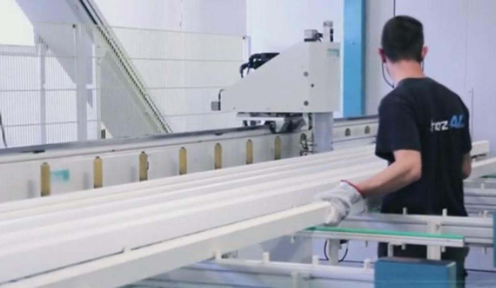 Fabricant de portails sur mesure fabrication cl ture sur mesure en aluminium for Fabricant de portail sur mesure