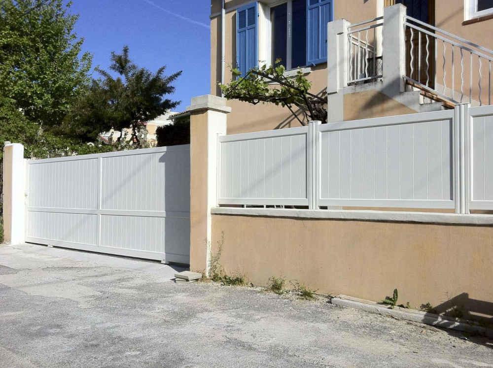 Photos cloture aluminium sur mesure for Cloture portail